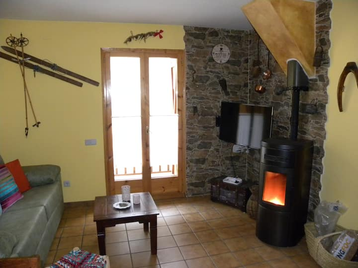 Apartment in the Pyrenees of Lleida. Cozy