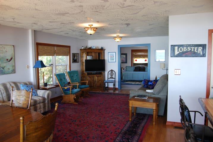 Classic Living & adjacent Parlor