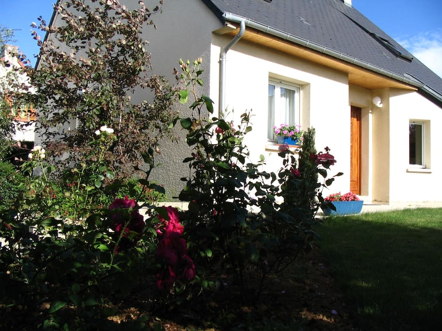 chambre louer proche de caen houses for rent in mondeville lower normandy france. Black Bedroom Furniture Sets. Home Design Ideas