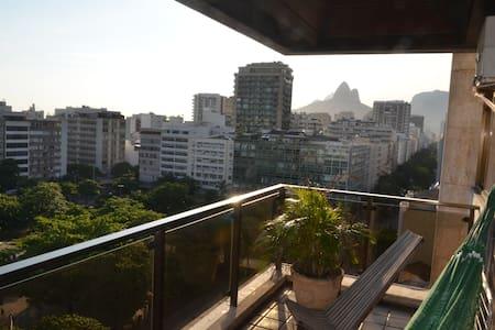 Ipanema, 2 blocks from sea, Balcony - Rio de Janeiro - Apartment