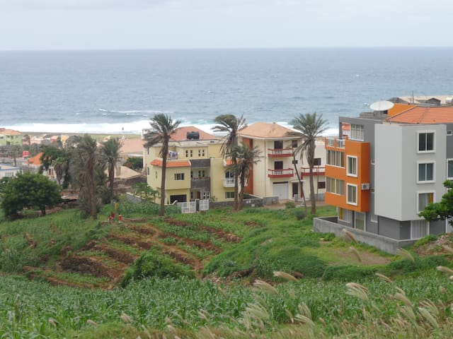 Modern T1 with Sea-Mountain View - Ponta do Sol - Apartamento