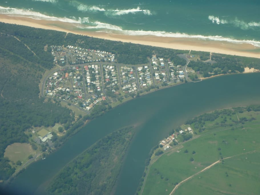 This is Mylestom, half way between Brisbane and Sydney, just 20 mins from Bellingen