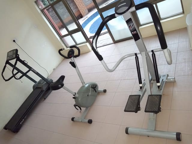 Executive Fully Furnished Guest House
