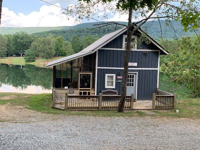 Lake house cabin(7 nights/$109 a night)