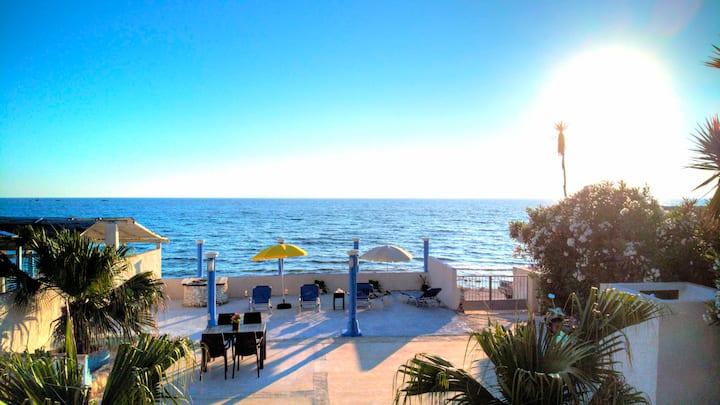 Almer seafront resort