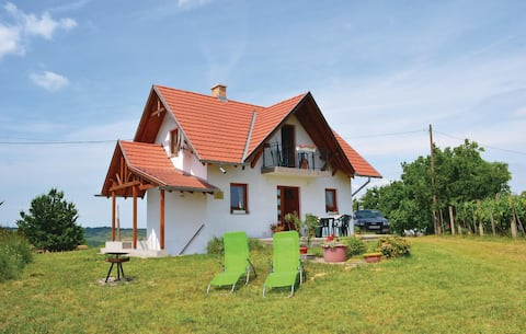 Holiday cottage with 3 bedrooms on 63m² in Köröshegy