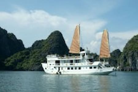 Bai Tu Long Bay - get away cruise - Ha Long - Boot