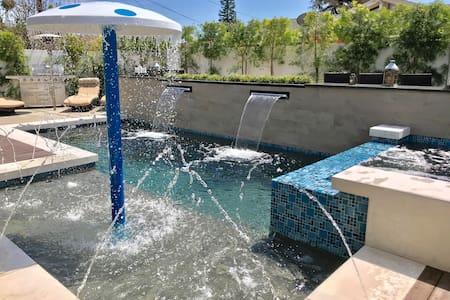 🌟🌟🌟🌟🌟 Luxury 6 bdrm Resort w/Water Park 💦💦