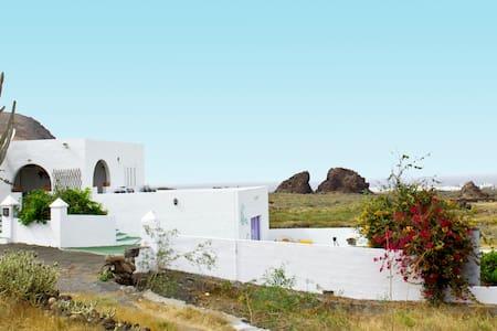 Villa Tranquila in Órzola. - Órzola