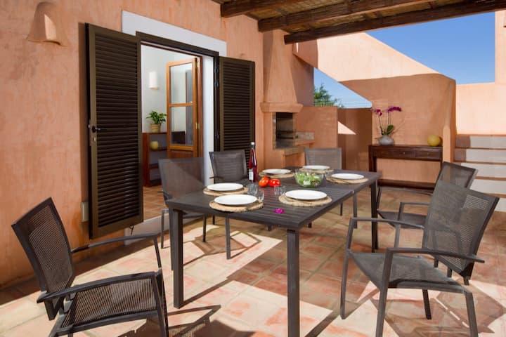 CAN NOVES, 9-15 - 5-double bedrooms villa