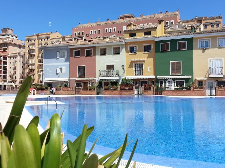 Casa acogedora en el mar piscina casas en alquiler en - Casas en el mar ...