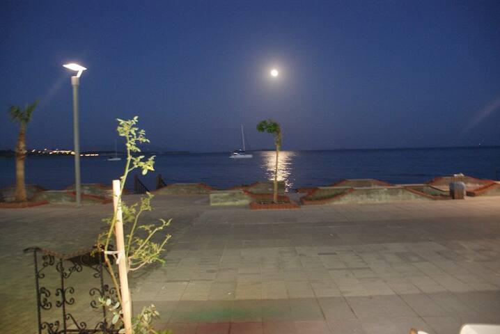 3-roms sydenleil. ved Egeerhavet - Yalıköy - Apartament
