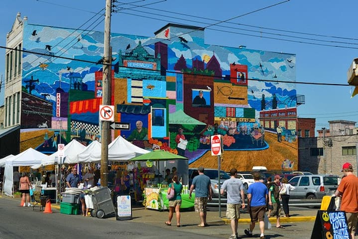 Pittsburgh's lively Strip District is full of markets and unique vendors.