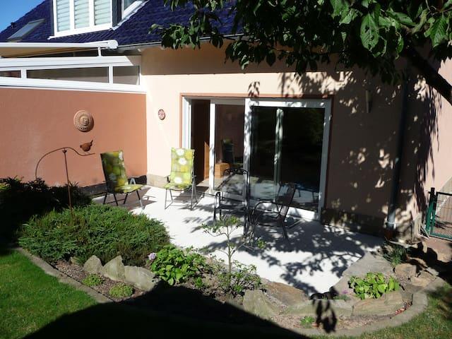 Modernes Ferienhaus - Garten - Fröndenberg - House