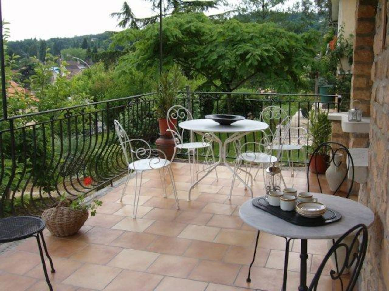 Delightful dining terrace