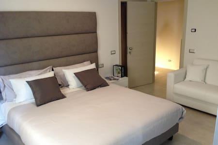 ROOM THE FLAT 233 - 2 - Impruneta - Apartmen