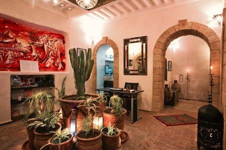 Riad Laylati - Duplex Idalika Room - 2 Beds/4 Pers