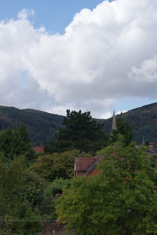 QUEST HOUSE - best views in malvern - Great Malvern - Casa