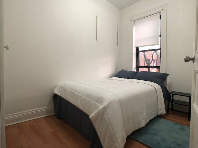 Cozy Sunset Park Private Bed Room for 2 w/AC