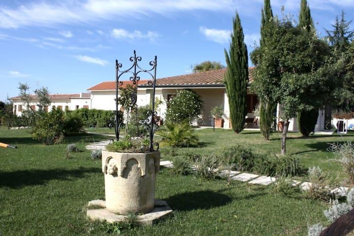 Complesso Il Gorello - Saturnia - 家庭式旅館