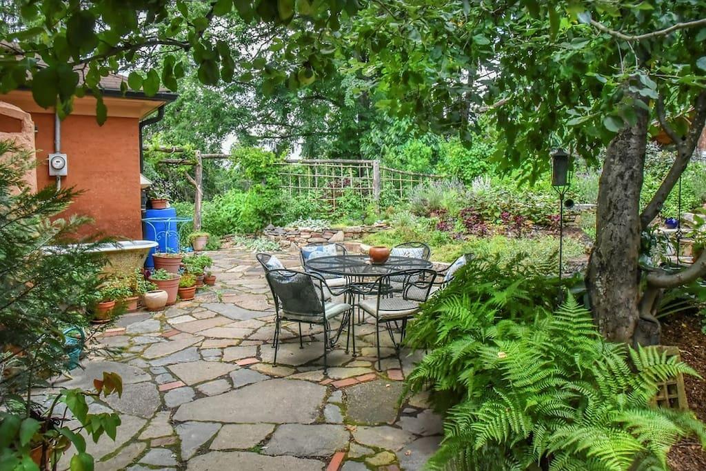 Courtyard oasis & organic gardens