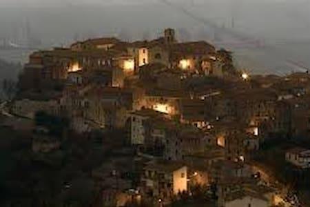 Antica casa di Toscana - Sasso D'ombrone - Casa