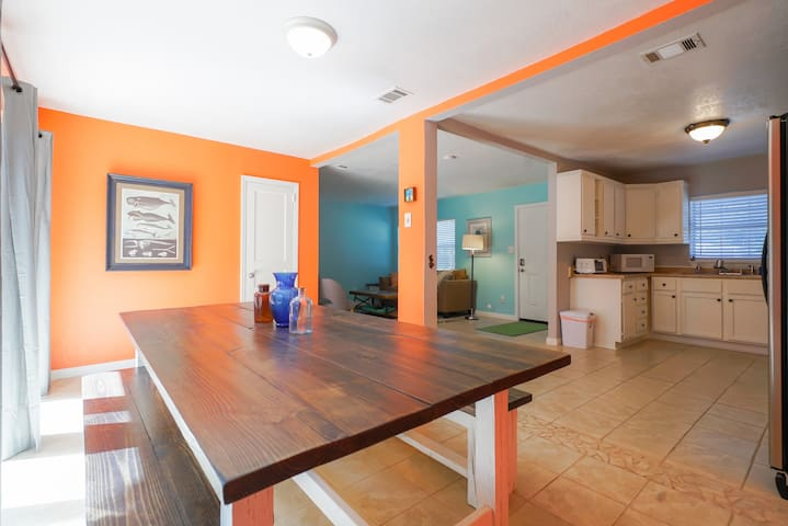 Walk to the water from this cute, beachy house! - Fort Walton Beach - Huis