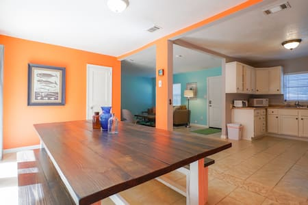 Walk to the water from this cute, beachy house! - Fort Walton Beach - Ev