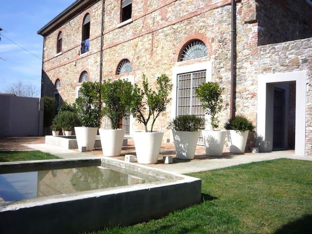 OILMILL LUXURY HOME NEAR BEACH APT1 - La Spezia - Apartment