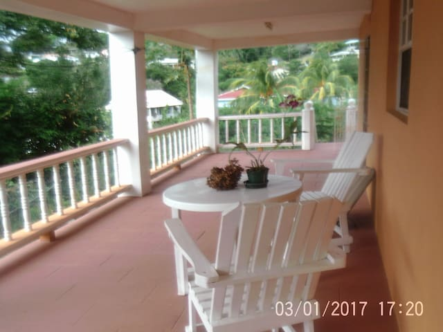 Studio Apt (2 bedroom) - Grenadines - Huoneisto