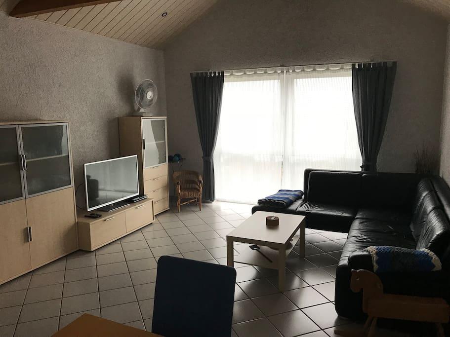 Wohnzimmer ca. 40m²