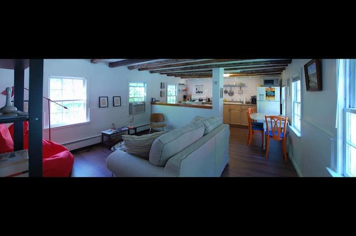 Beacon Mountainside Cottage Retreat