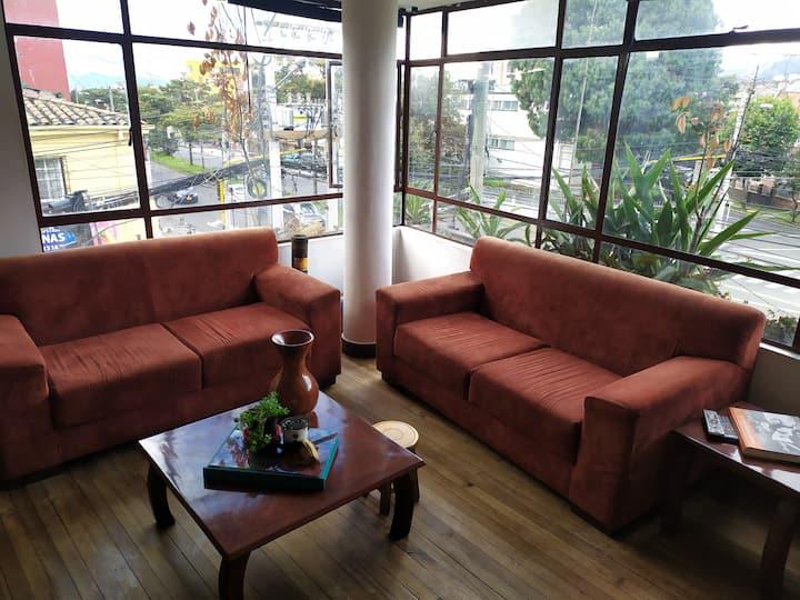 Nice room near to Bogotá's  downtown (Teusaquillo)
