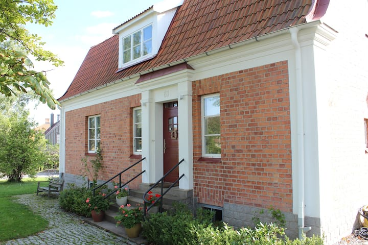 Villa in idyllic small town 50 min from Stockholm