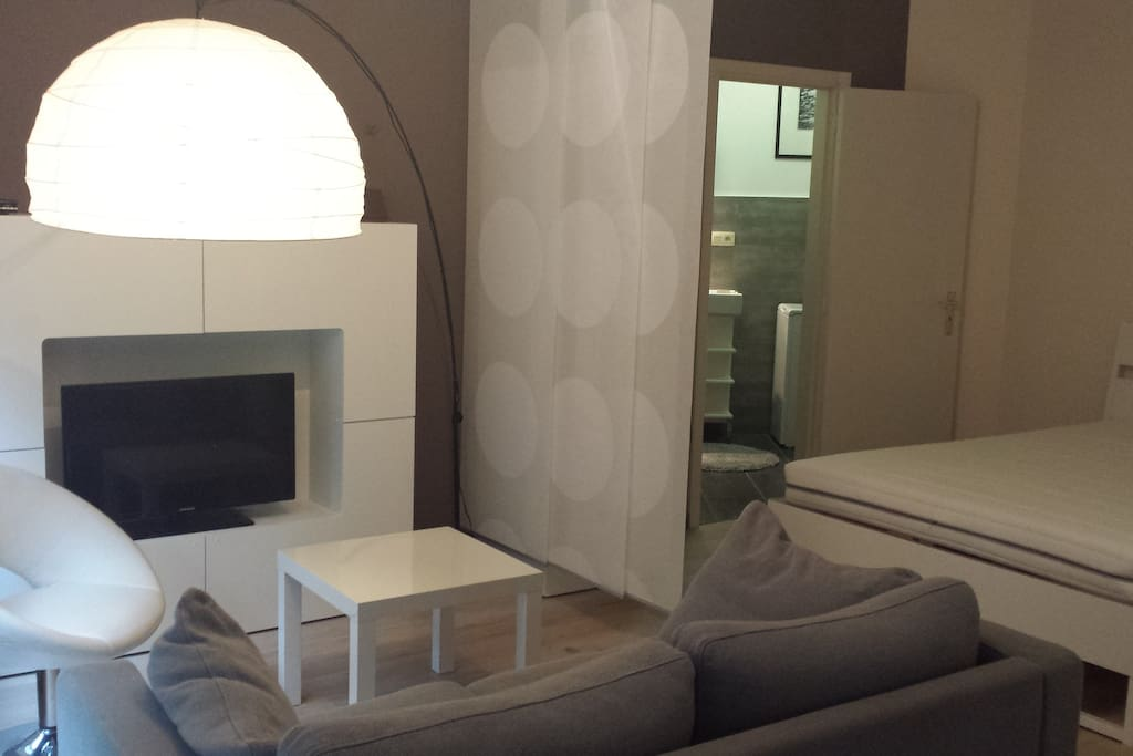 Brussels Roi Baudouin Studio