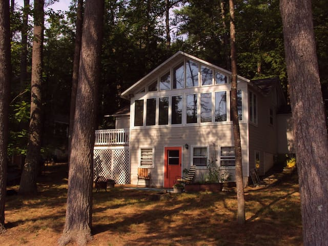 Year Round Lakefront Getaway Home - Orange - Huis