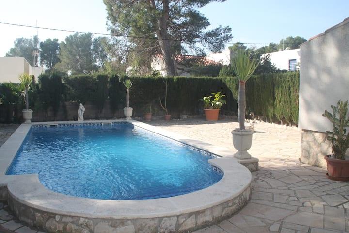 CASA COCO 8 personas piscina totalmente privada!!