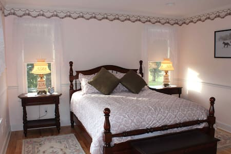 CarriageHouse B&B/Meadowbrook Room - Sheridan - Bed & Breakfast