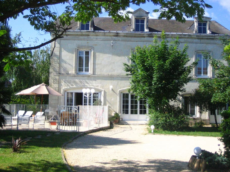 Chambre d 39 h tes de charme 1 pers bed and breakfasts en - Chambre hote chatellerault ...