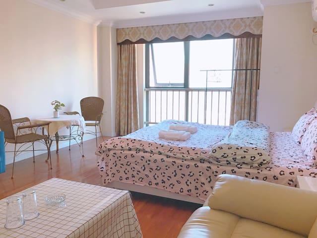 万达公寓日式清新风简约大床