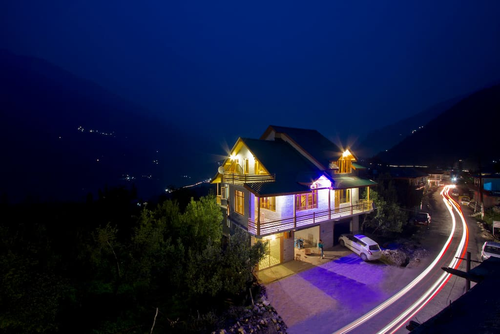 Country Cottage Manali Night view