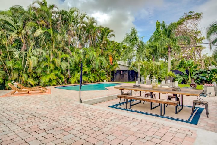 Breathtaking House and Backyard Near Wilton Manors