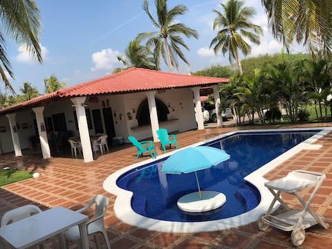 Casa de playa La Criollita - Playa Dorada