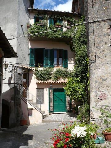 Ferienhaus für 6 Gäste mit 95m² in Bracciano (110450)