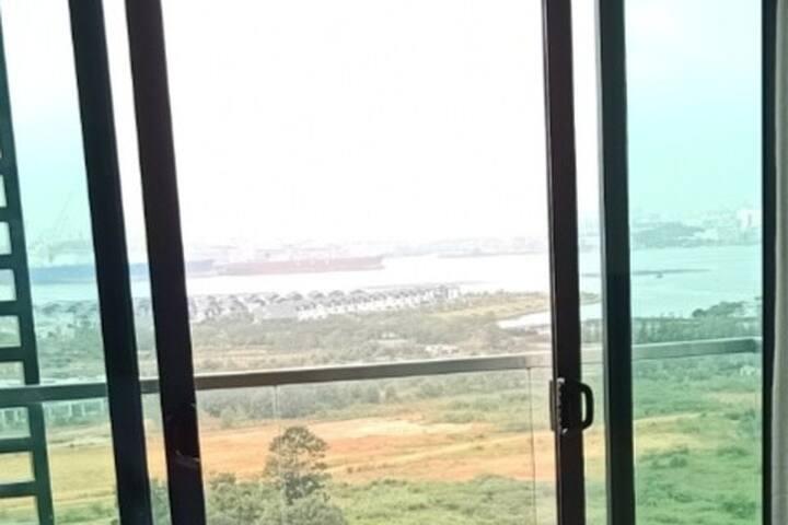 Seaview Cozy Green Haven