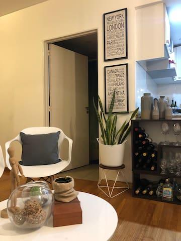 Cozy modern Studio in the heart of Soho