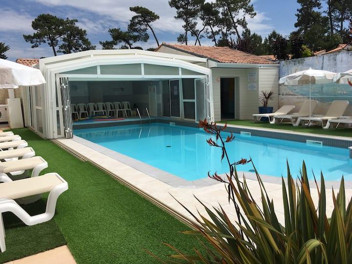 Studio 2 p  Résidence  piscine couverte chauffée