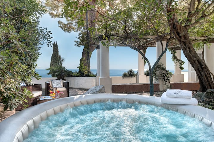 Villa Bouganvillea -Superb Capri Villa with Views