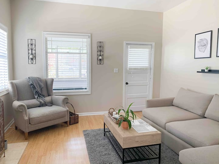 🏖☕️Cozy, private 2/1 minutes from beach! VAKBNB
