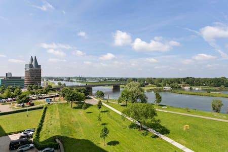 Long-stay appartement  Roermond met parkeerplaats